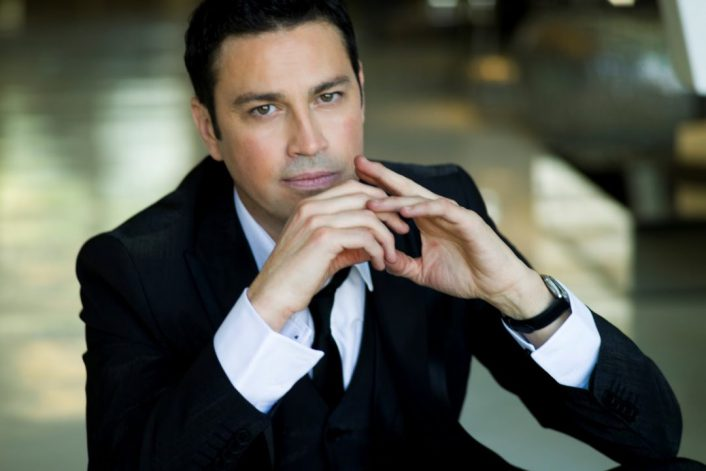 Mario Frangoulis booking agent BnMusic