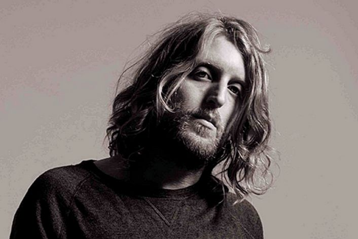 Andy Burrows booking agent BnMusic