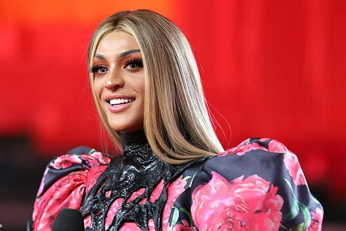 Pabllo Vittar official website of booking agent