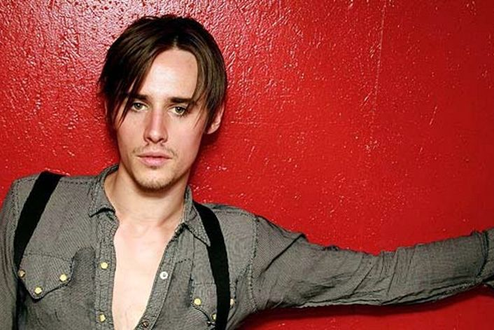 Reeve Carney official website of booking agent