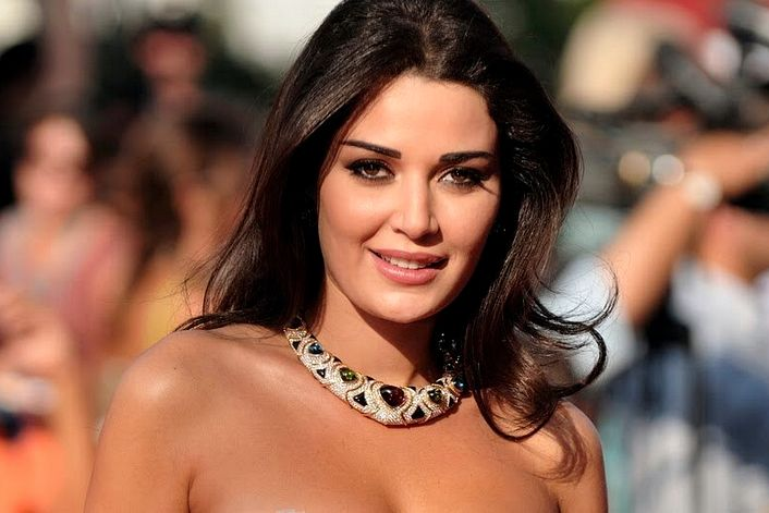 Cyrine Abdel Nour booking agent BnMusic