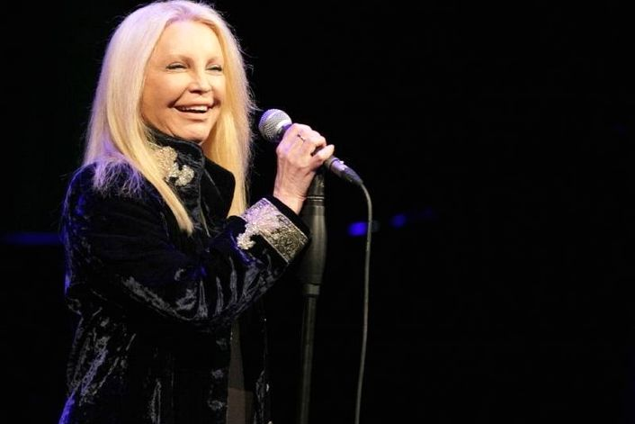 Patty Pravo official website of booking agent